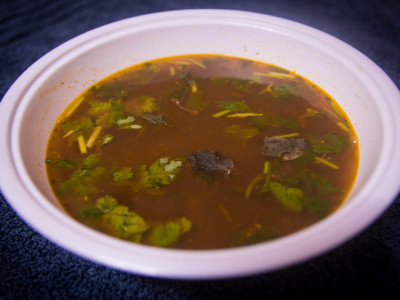 Red Mulai keerai Milagu thanni soup